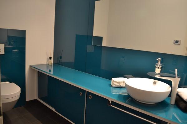 Lackiertes glas küchenrückwand  Farbiges lackiertes Glas nach Maß | Glaserei Schlott